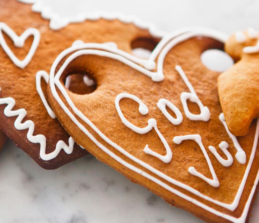 Biscotti Allo Zenzero Di Natale.Ricetta Dei Pepparkakor Biscotti Di Natale Svedesi Alla Cannella E