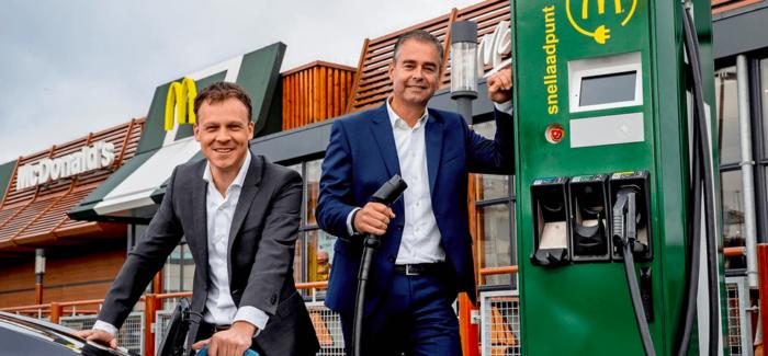 In Svezia McDonald's promuove le stazioni di ricarica per auto elettriche